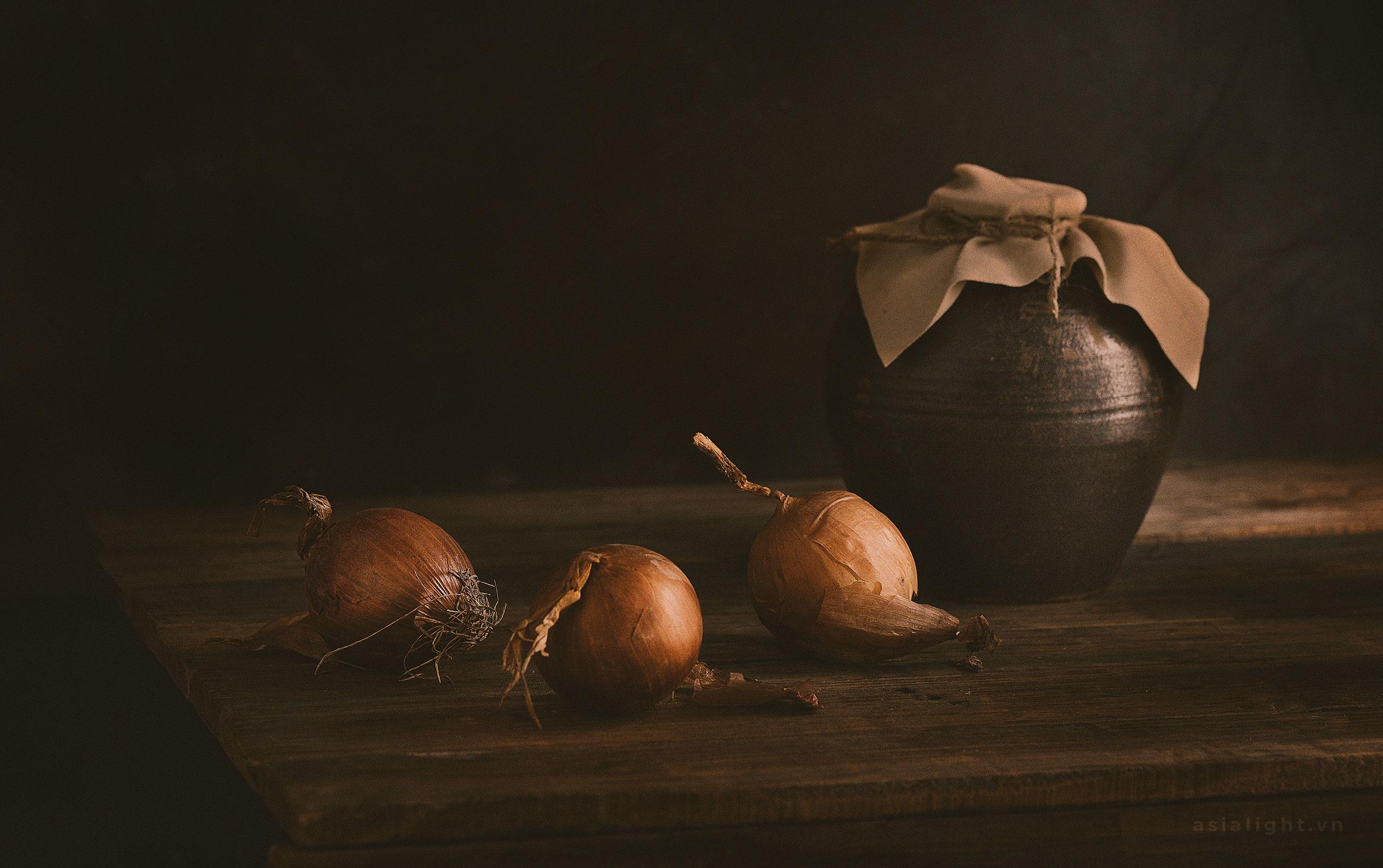 Onion-Still